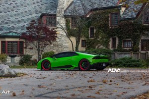 Verde Mantis Lamborghini Huracan with ADV005 M.V2 SL Series Wheels by The Auto Art