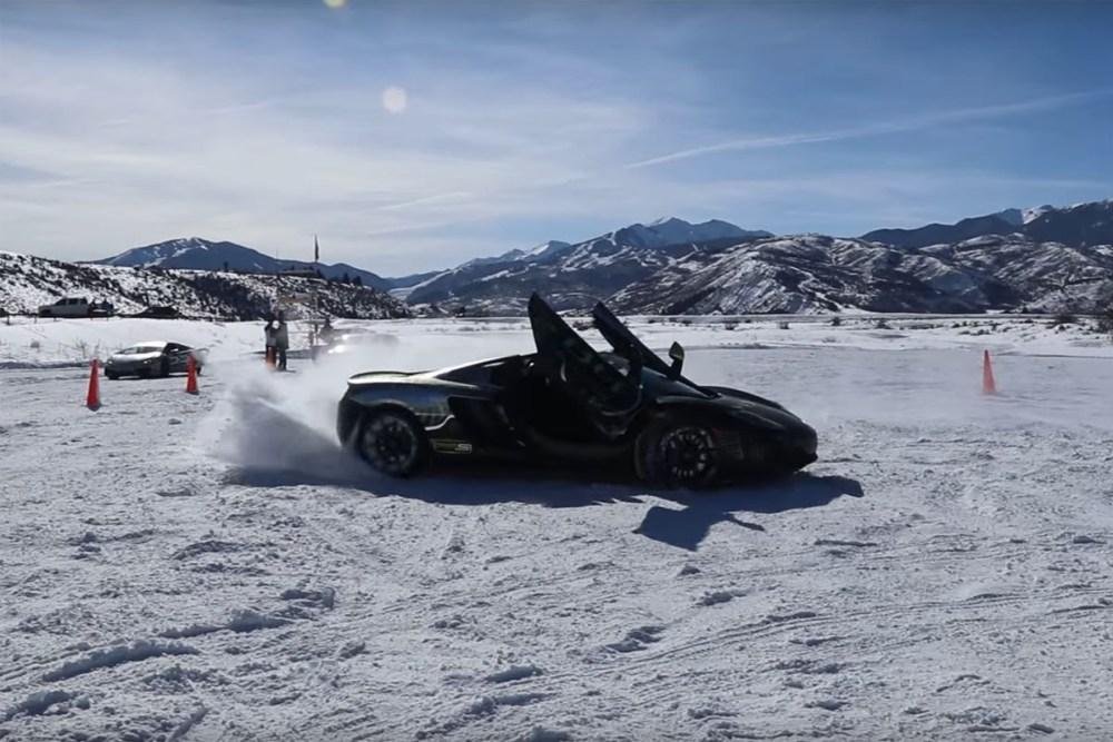 McLaren MP4-12C Snow Donuts