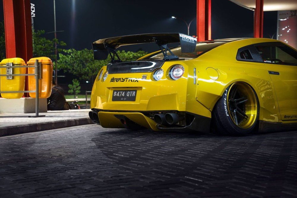 Rocket Bunny Nissan GT-R with ADV06R Track Spec Wheels