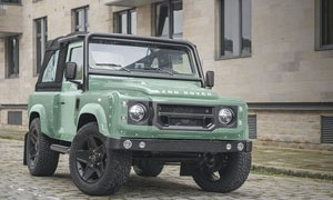 helsea Truck Company Land Rover Defender 90 Wide Track Edition