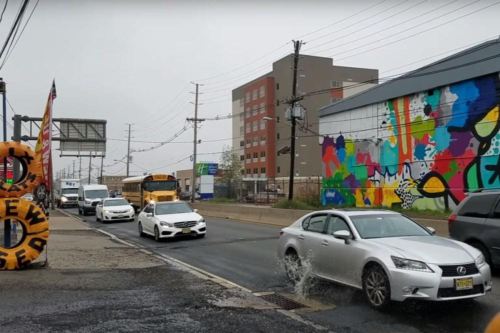 Friday FAIL: Pothole Damages Cars