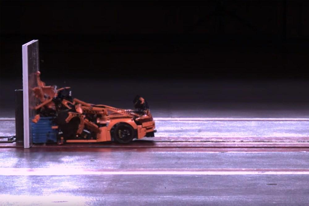 Lego-Technic Porsche 911 GT3 RS Crash Test