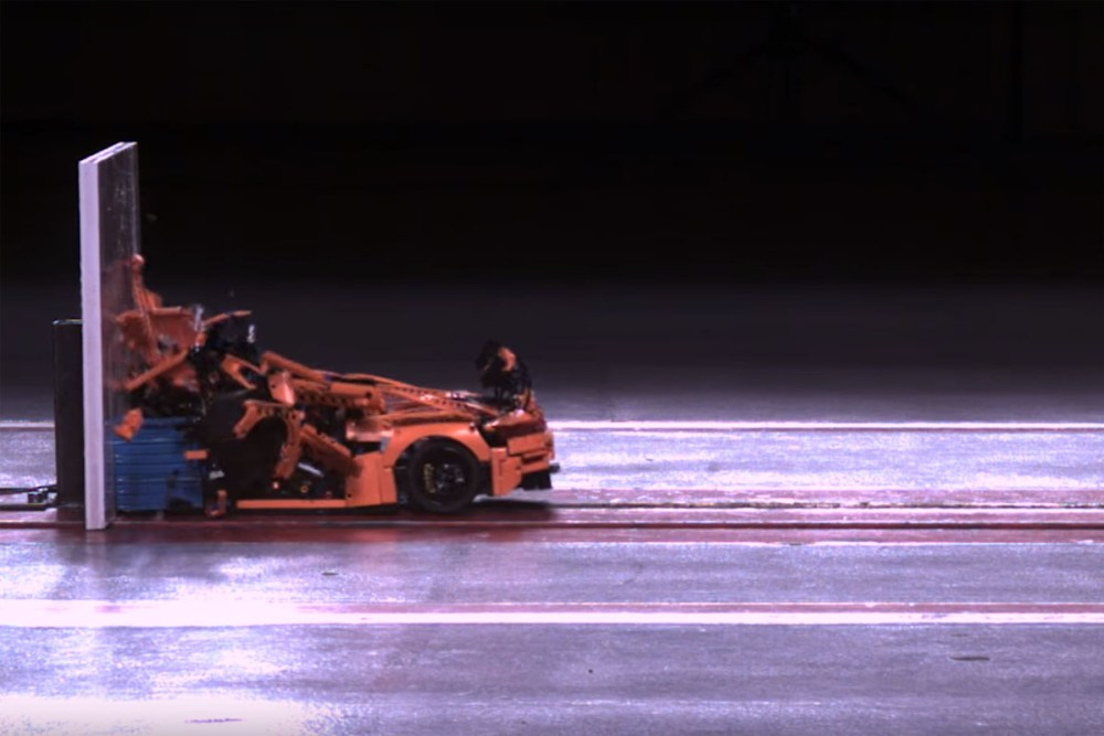 Lego-Technic Porsche 911 GT3 RS Crash Test
