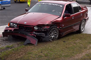 Friday FAIL: Super BMW Nürburgring Crash Compilation