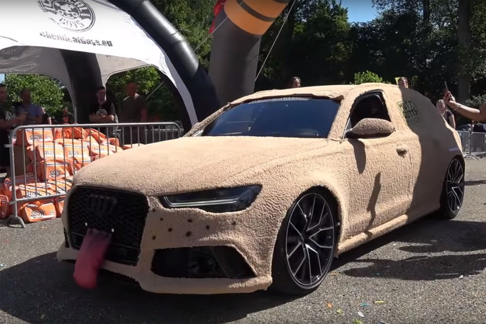 Mutts and Cutts Audi RS6 Avant