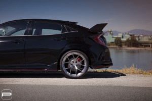Honda Civic Type R with PUR SP04 Wheels