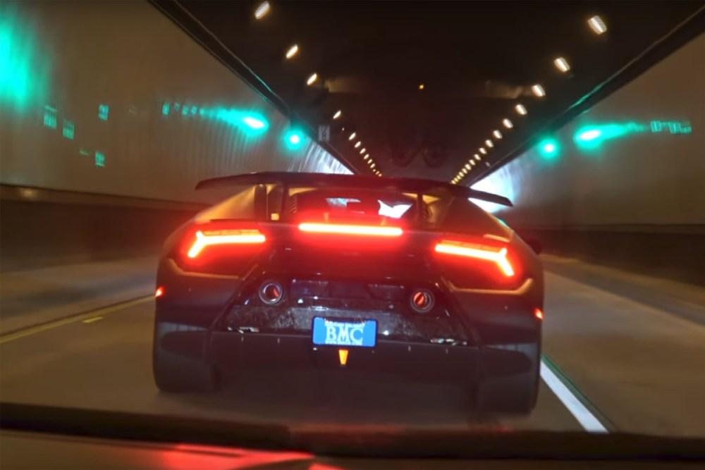 Lamborghini Huracan Performante in a Tunnel