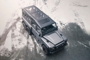 Flying Huntsman 6X6 Civilian Carrier (1)