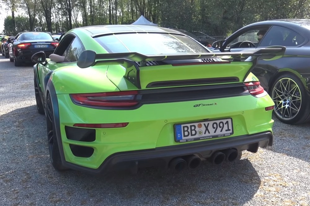 20 Mins of Exhaust from Cars & Coffee Italy