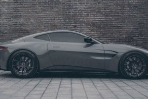 Aston Martin Vantage with Brixton Forged R10D Duo Series Wheels by ReinART Design (1)