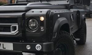 Chelsea Truck Company Land Rover Defender 6.2 Flying Huntsman 105 Long Nose