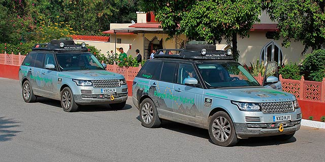Range_Rover_Hybrid_Silk_Trail_Expedition_2013