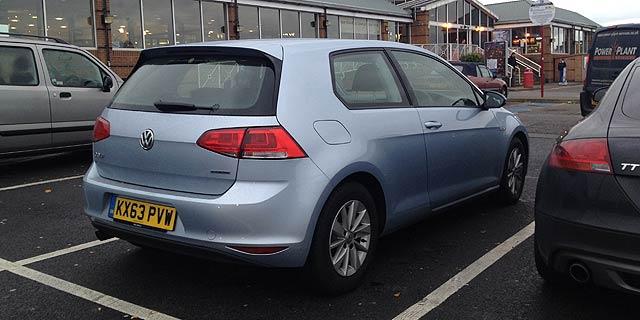 Volkswagen-Golf-Bluemotion