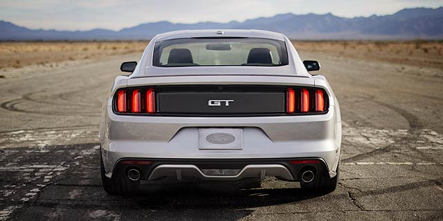 Ford-Mustang-Go-Further-2
