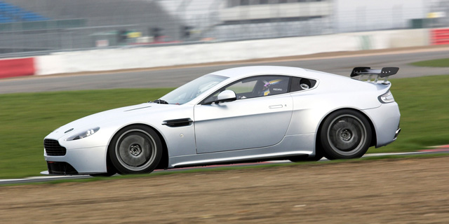 GT_cars_GT4