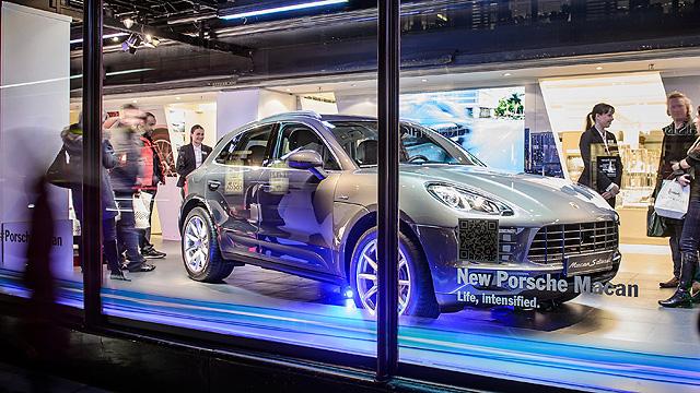 Porsche Macan dealer