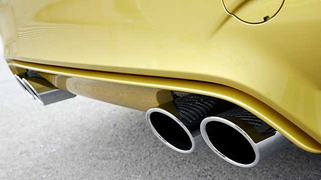 BMW M4 Coupe exhausts