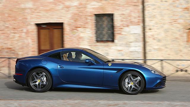 Ferrari_California_T_4