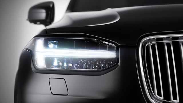 Thor-Volvo-headlights