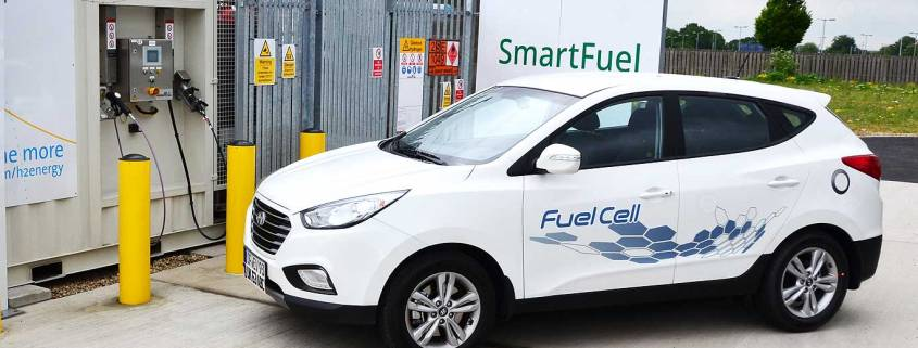 Hyundai ix35 Fuel Cell car at an Air Products hydrogen filling point