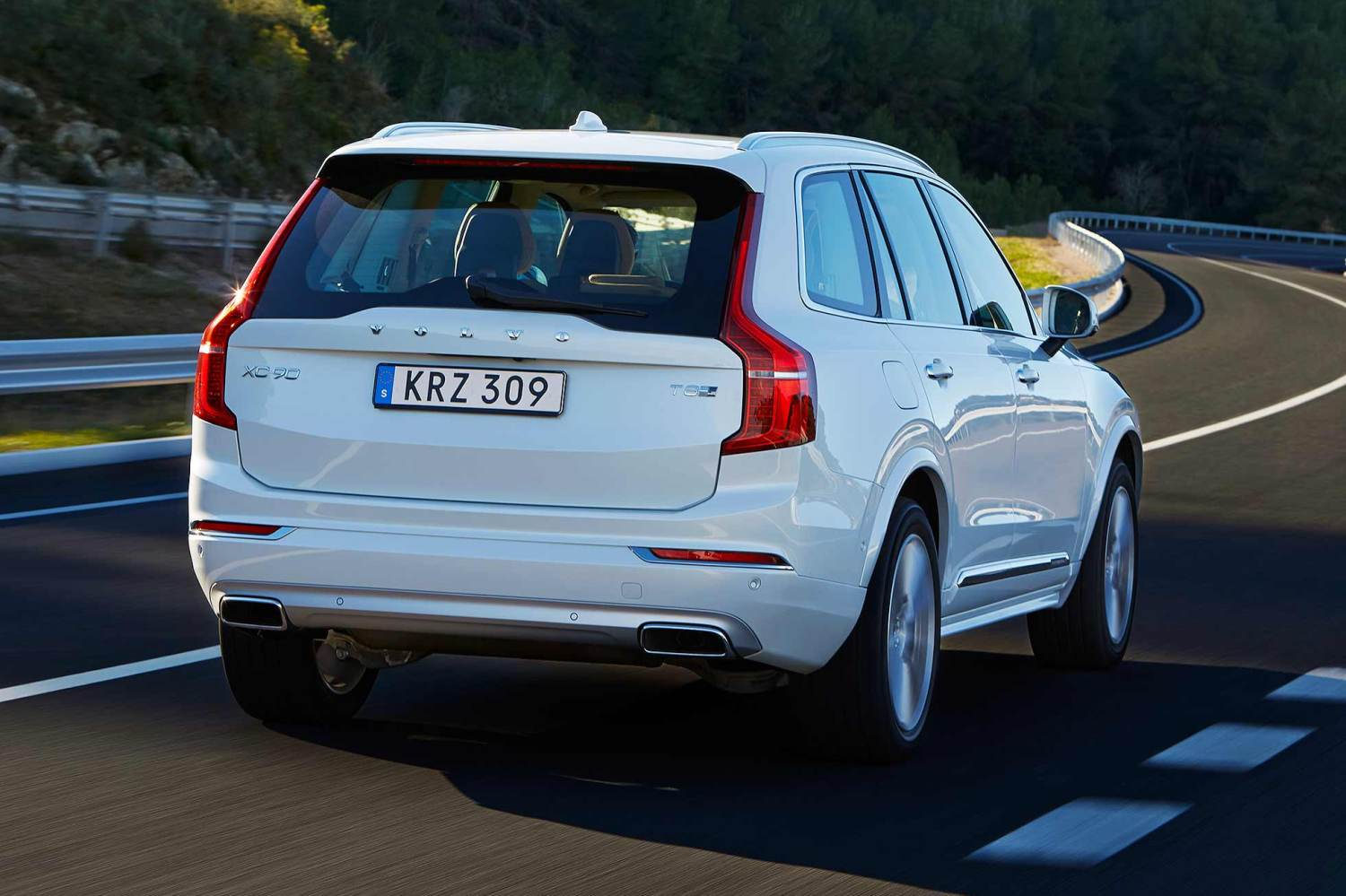 Volvo XC90 review (2015)