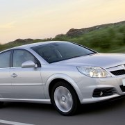 The fastest car along Britain's most dangerous road is a Vauxhall Vectra