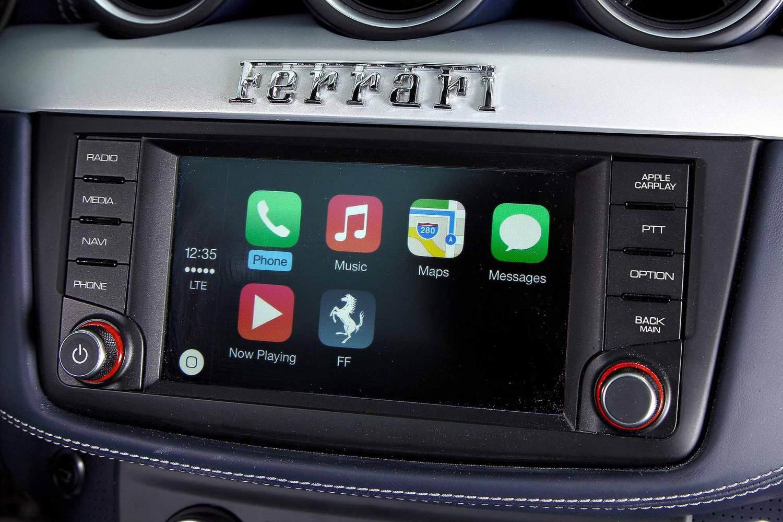 Ferrari Apple CarPlay