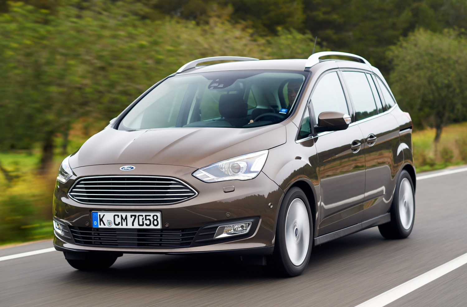 Ford Grand C Max >> Ford Grand C Max Review 2015 First Drive Motoring Research
