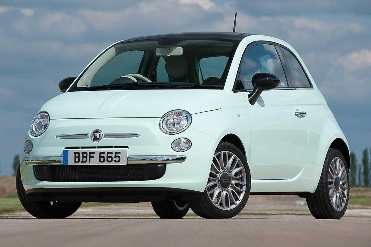 The cheapest cars to insure for 17-18 year olds: Fiat 500