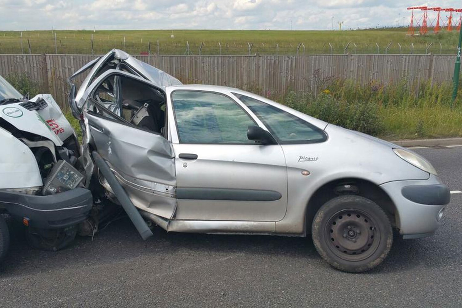 This is why you should leave your car after a breakdown