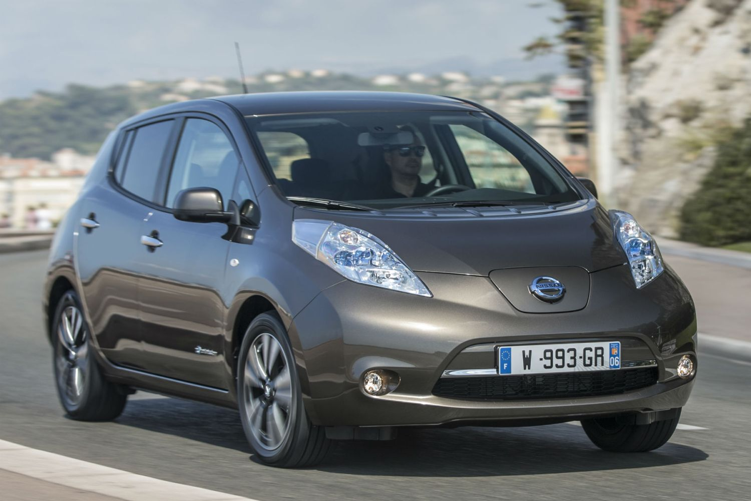 Nissan Leaf 30kWh review: 2015 first drive