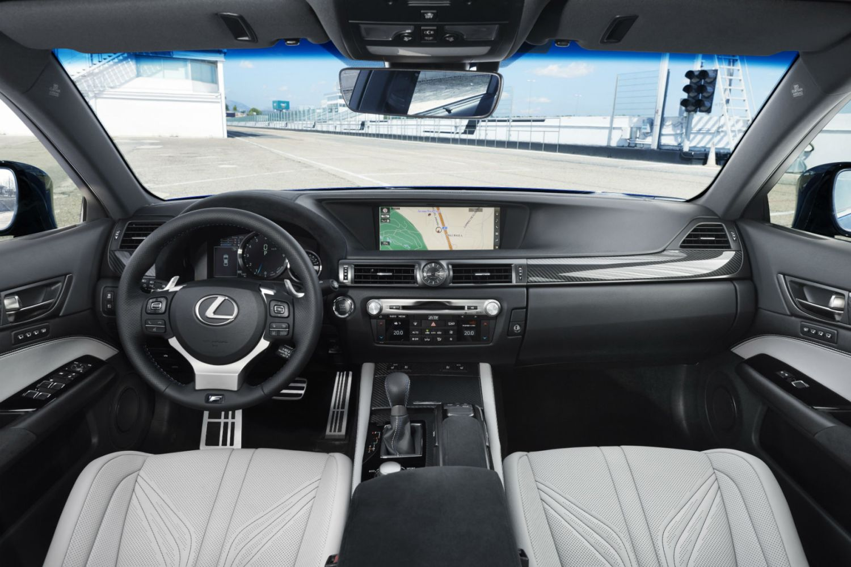 Lexus_GS-F_Blue_05