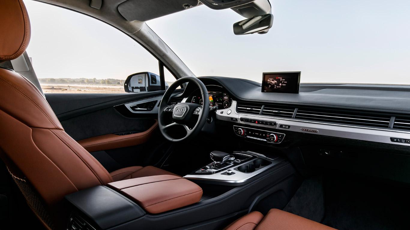 Audi Q7 e-tron: is it practical?