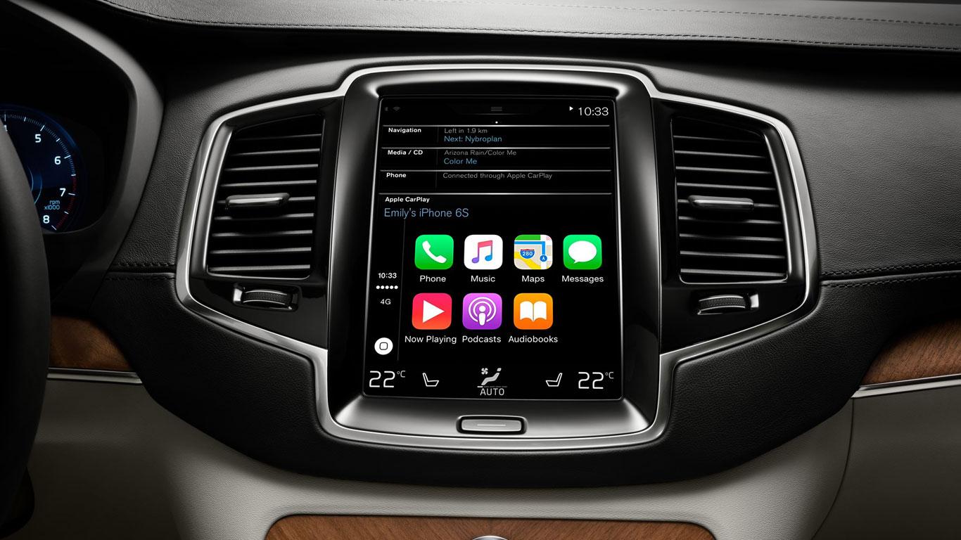 Volvo XC90 with Apple CarPlay