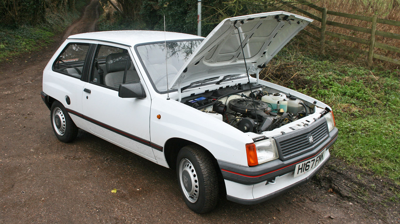 Retro Road Test: Vauxhall Nova
