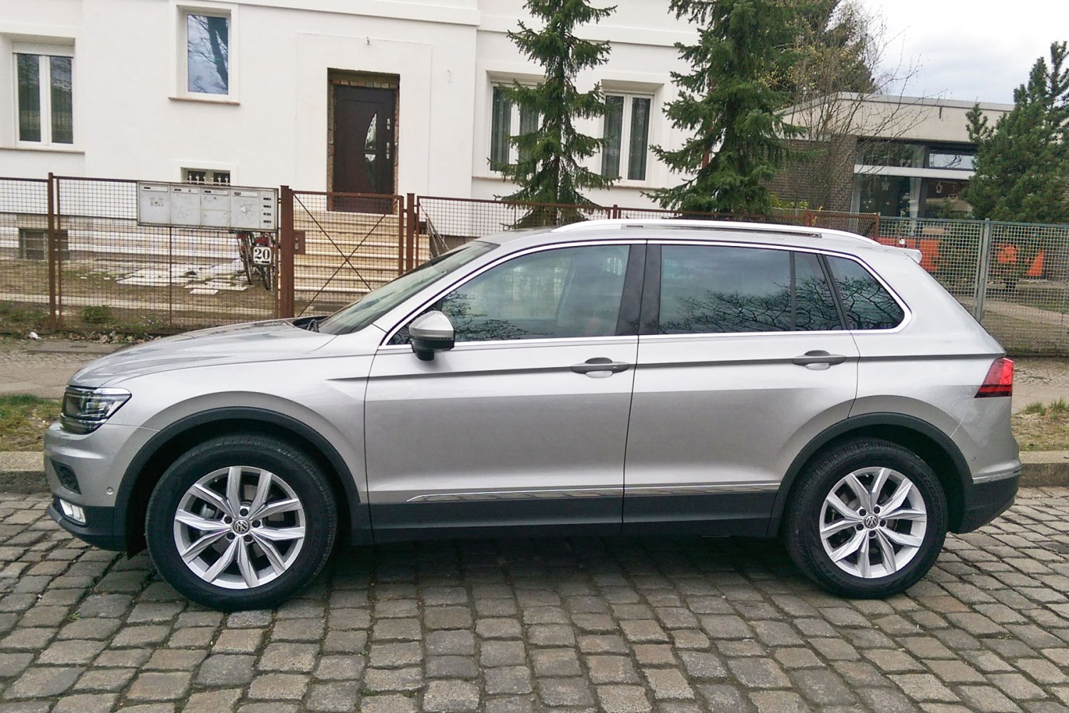 Unlocked: 2016 Volkswagen Tiguan driven on road (and off it)