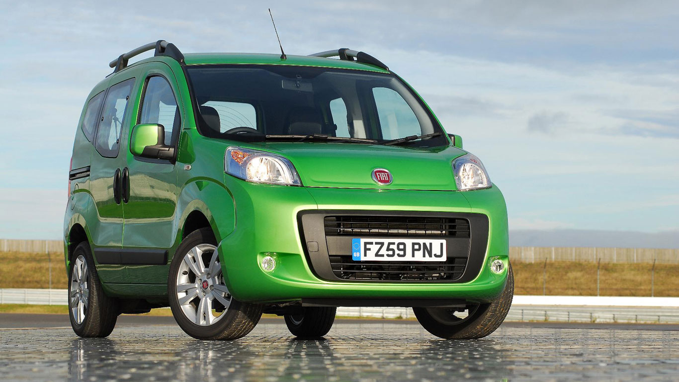 28_New_Cars_£5