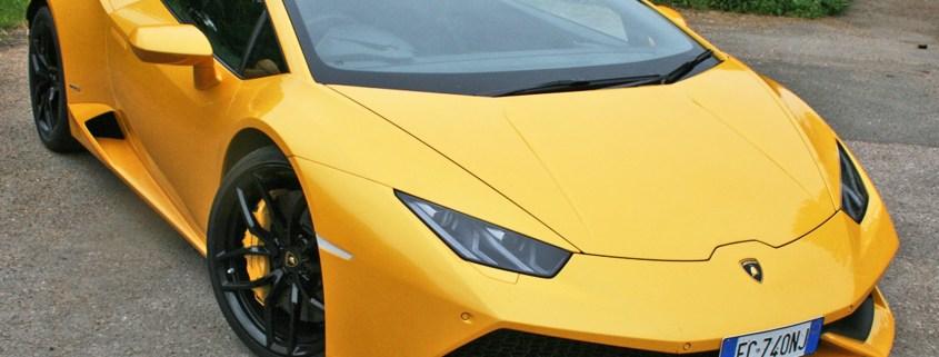 Lamborghini Huracan: Two-Minute Road Test