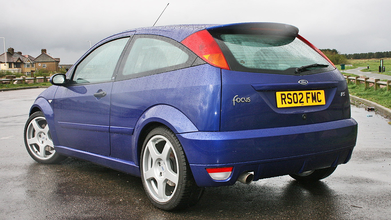 Ford Focus Rs Mk1 Retro Road Test Motoring Research