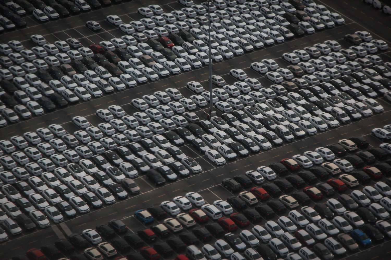 Lots-of-cars