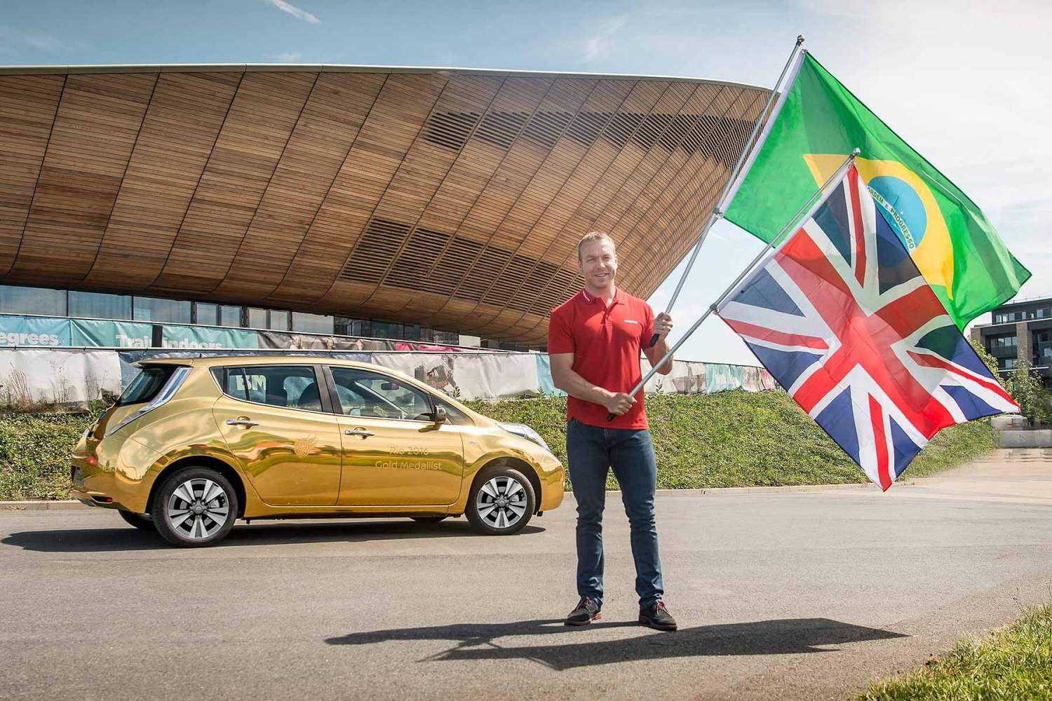 Nissan gold LEAF Sir Chris Hoy