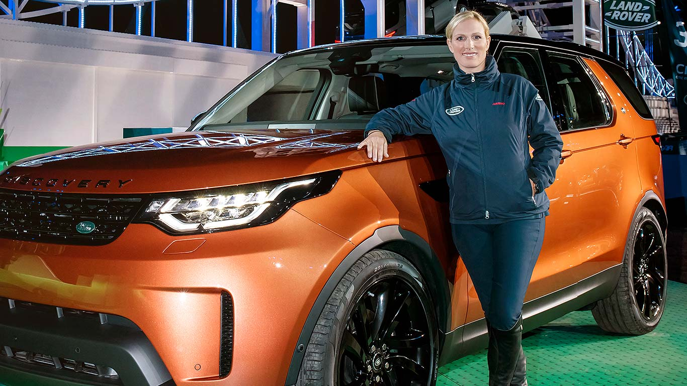 01b_new_land_rover_discovery_2017