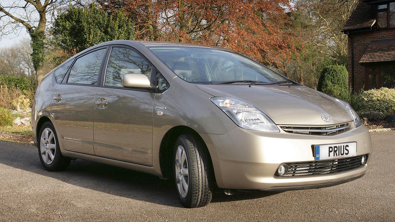 26. Toyota Prius (2003-2009)