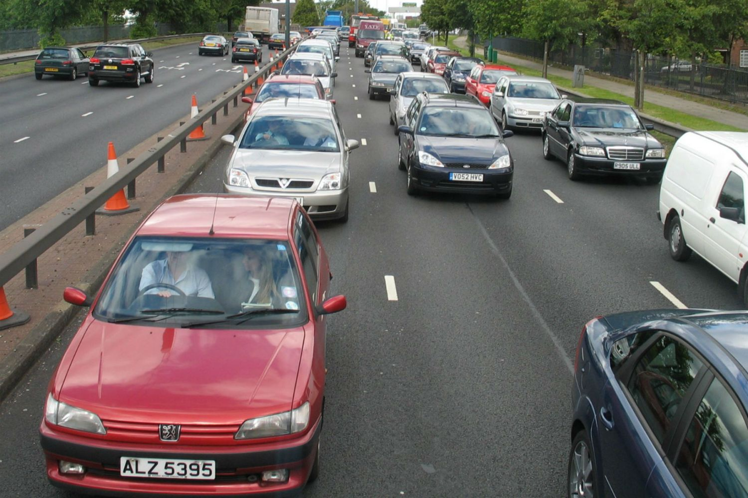 SMMT warns that 'anti-diesel agenda' will hit falling CO2 emissions