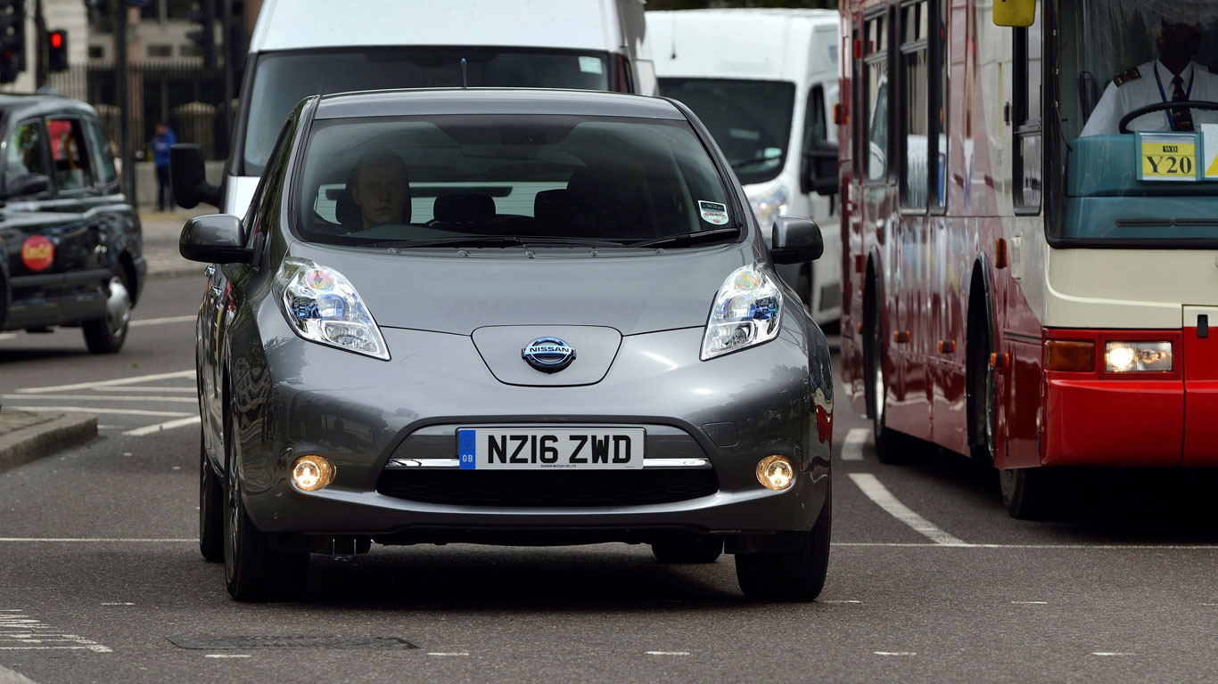 One million electric cars on UK roads by 2022