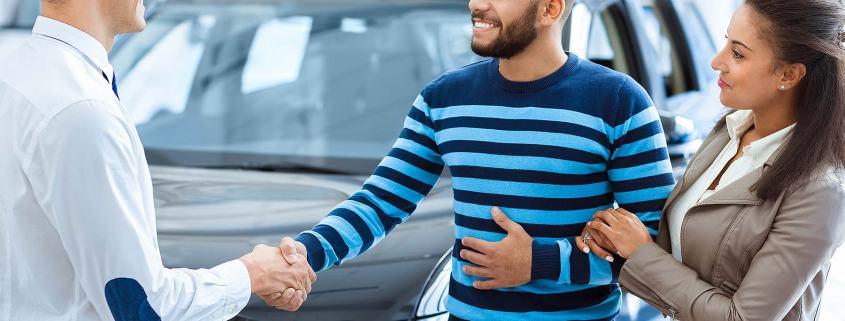 Car dealer sale to customers