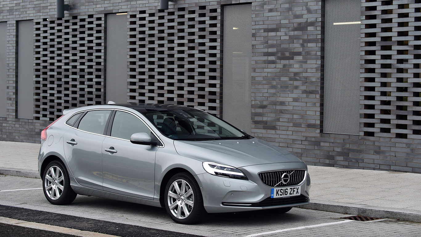Compact car, winner: Volvo V40