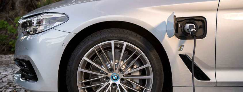 BMW electrified plug-in hybrid car