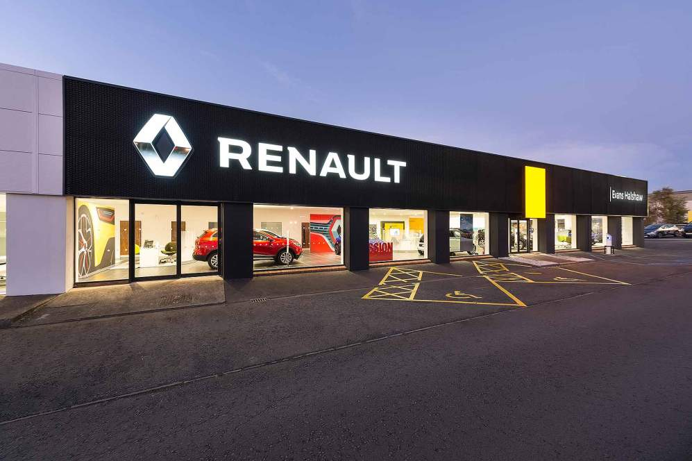 Renault 2017 car dealer new look