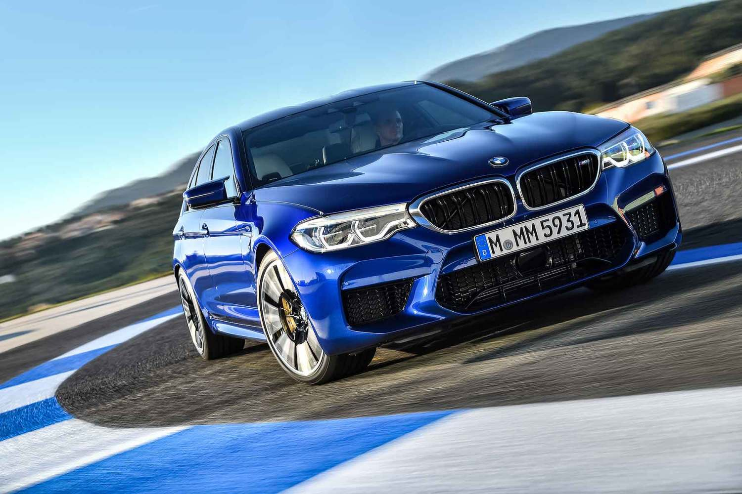 2018 BMW M5 first drive: back to its best? | Motoring Research